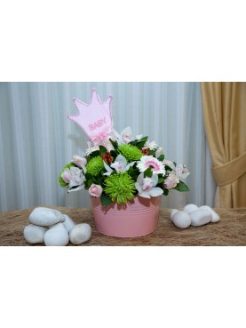 Σύνθεση άνθη για κοριτσάκι